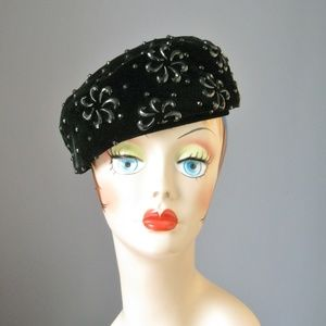 Vintage Accessories - Vintage 50s Velvet Beaded Pillbox Hat 03f2d283a14
